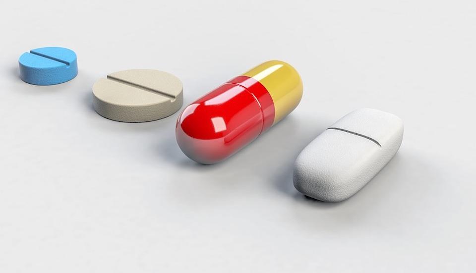 cachets imageant les médicaments génériques